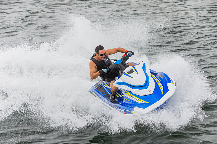 "Yamaha GP1800R WaveRunner Wins ""Watercraft of Year"" For Second Year"